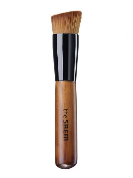 Кисть для нанесения тональной основы The Saem 15° Foundation  Brush
